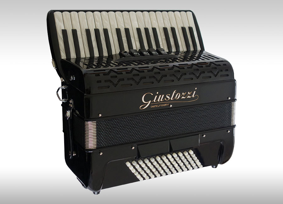 Giustozzi Accordions - Accordion Lounge