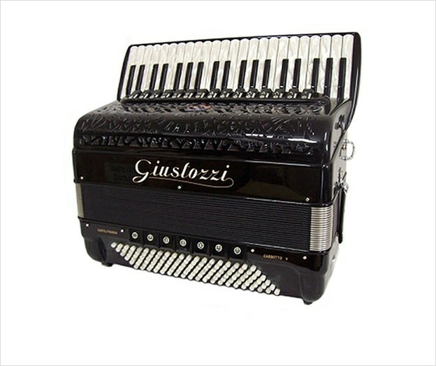 Giustozzi Mod 16  Piano Accordion - The Accordion Lounge